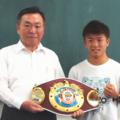 ボクシングチャンピオン重岡 銀次朗選手が来校